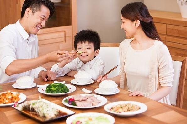 Giải pháp giúp bé 1 tuổi ăn ngon